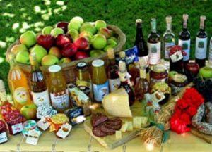 prodotti_tipici-il-casaro-bertelli-castelnovo-sotto